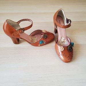 Kenzie Tan Genuine Leather Heels NIB Size 9.5